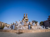 Fountain on the Aghmashenebeli square in Kutaisi, Georgia — Stockfoto