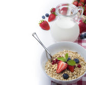 Oats with strawberries — Stock Photo