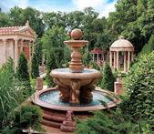 老公园喷泉. — 图库照片