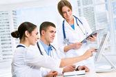 Mladí lékaři — Stock fotografie