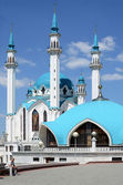 "Kazan Kremlin, Kul Sharif mosque and ""skullcap"" — Stock Photo"