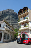 Greece, Meteora, a narrow street in the village of Kalambaka — 图库照片