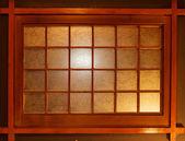 Okna drewniane — Zdjęcie stockowe