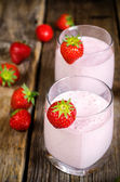 Strawberry milkshake with strawberry — Stock Photo