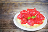 Tartlet with strawberries — Stock Photo