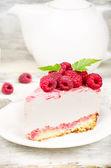 Cheesecake with raspberries — Stock Photo