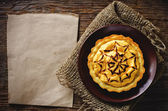 Tartlet with pumpkin cream for Halloween for kids — Stock Photo