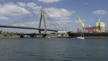 The ANZAC Bridge in Sydney — Stock Video