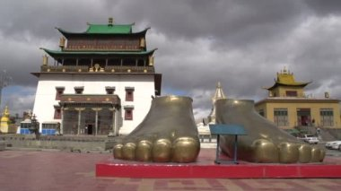 Gandan Monastery in Ulaan Bataar — Stock Video