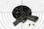 Arma e tiro alvo — Fotografia Stock
