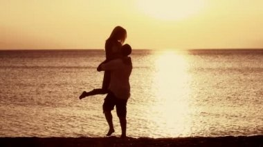 Couple Having Fun on the beach — Stock Video