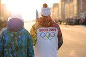 Relevo olímpico de sochi 2014 la llama — Foto de Stock