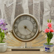 Wintage clock with flowers — Stock Photo #46312461