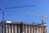 Cranes over building — Stock Photo