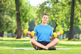 Man working out in park — Stock Photo