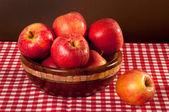 Bodegón con manzanas — Foto de Stock