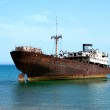 Rusty boat stranded on the shore in Lanzarote — Stock Photo #46120019
