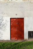 An old red door — Stock Photo
