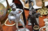 Items in an antique shop — Stock Photo