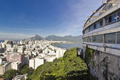 Vista de los famosos barrios de río de janeiro de copacabana — Foto de Stock