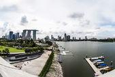 Landschaft Schuss der Marina Bay und Auge von Singapur aus Marina barrage — Stockfoto