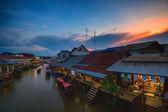 Amphawa, Thailand in the evening — Stockfoto