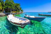 Boat at islas de rosario colombia — Stock Photo