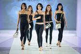 Models at runway in Kuala Lumpur, Malaysia — Stock Photo