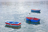 три лодки в море астурии — Стоковое фото