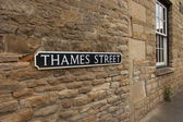 Thames street sign — Foto Stock