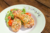 Grilled chicken drumstick with vegetable — Stok fotoğraf