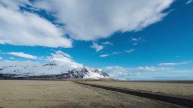 Islândia timelapse de montanha e de estrada — Vídeo Stock