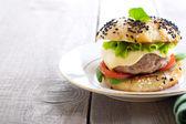 Homemade cheeseburger  — Stock Photo
