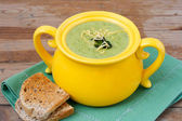 Broccoli soup with cheddar — Stock Photo
