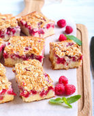 Raspberry crumble cake  — Stock Photo