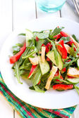 Salad with vinaigrette dressing  — Stock Photo