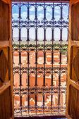 Zamřížované okno — Stock fotografie