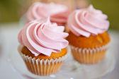 Ciastko z kremem różowy — Zdjęcie stockowe