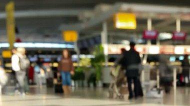 Airport Travelers Time Lapse Pan Tilt Shift — Stock Video