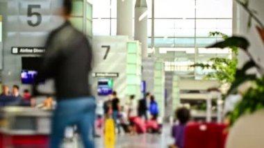 机场旅客时间流逝 — Stockvideo