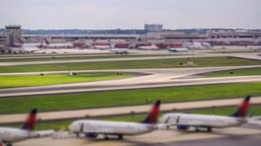 Airplane Time Lapse Airport — Video Stock