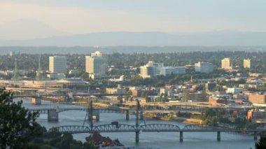Portland Bridges Traffic — Stock Video