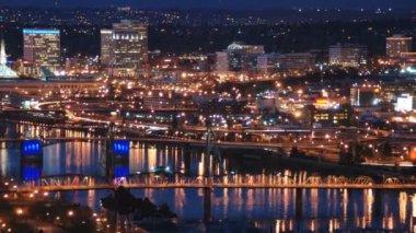 Portland bridges and city lights — Stock Video