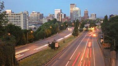 Portland stadsbilden på kvällen — Stockvideo