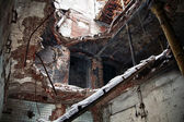 Abandoned and decayed building interior — Stockfoto