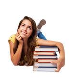 женщина, обнимая книги — Стоковое фото