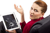 Complaining about a broken tablet screen — Stock Photo