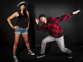 Hip hop dance partners posing — Photo