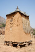 Granary in a Dogon village, Mali (Africa). — Stock Photo