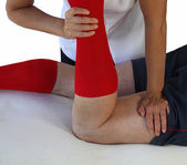 Neuromuscular technique applied to hamstrings — Stock Photo